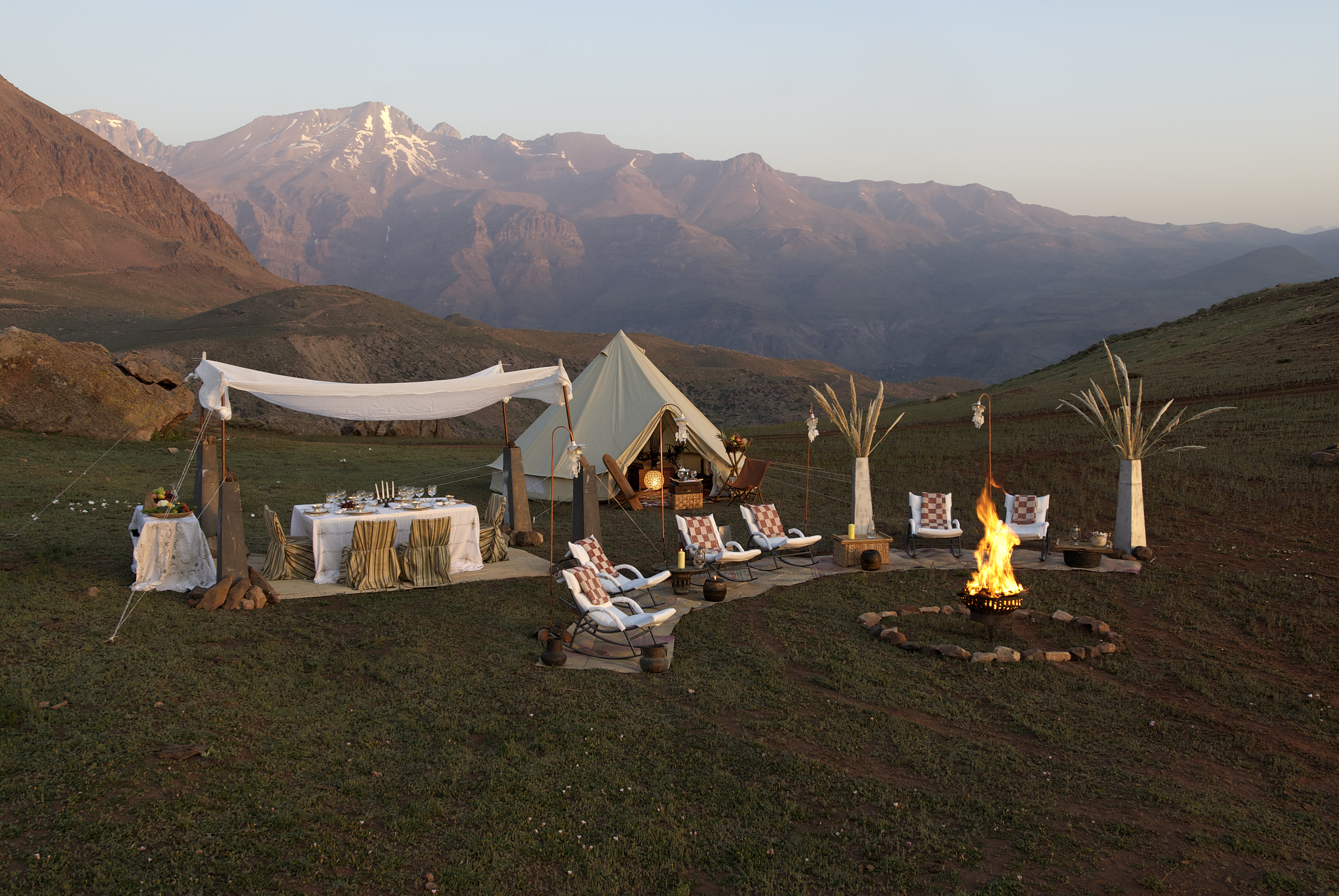 Bell_Tent_Glamping_The_Outdoor_Shop_Australia_www.theoutdoorshop.com.au