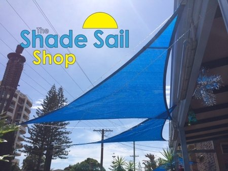 Great use of blue 3x3x3 blue triangle shade sails out the front of Jan Kelly's restaurant. Looks great Jan!\\n\\n11/12/2014 3:09 PM