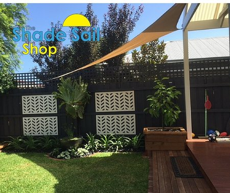 Thanks Melanie for sending in your pictures. Giving shade to her outdoor area is a 3x4x5m sand right angle triangle shade sail\\n\\n16/02/2016 2:51 PM