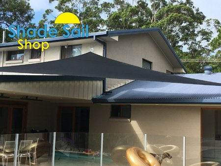 Great install of one of our pre made shady lady black right angle triangle shade sails. Thanks for sending these photo's in, much appreciated. Size 6x7x9.22m\\n\\n25/01/2017 4:36 PM