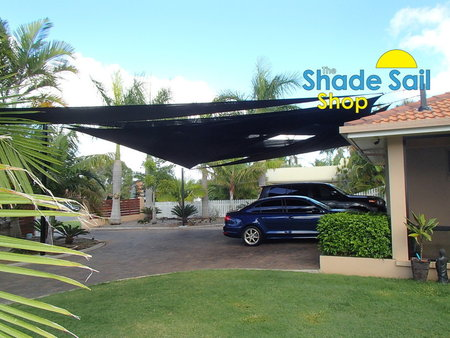 One of our most adventurous DIY installation was from Barry. He has used a few of our 8x9x12.04m right angle triangle shade sails overlapping each other which looks great and as he had such a big area to work he has achieve this well.\\n\\n6/11/2015 8:20 PM