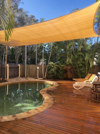 Hannah and Mick's after photo. A fantastic transformation over there pool area, new shade sail up and looks great.\\n\\n27/02/2017 10:57 AM