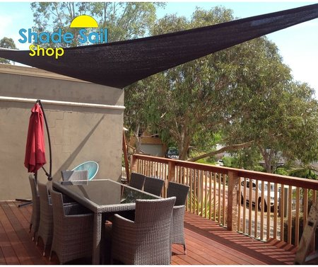 """Thank you so much ladies, the shade sail looks awesome! Thanks for the really fast delivery also, love it, Louise!"" Louise has installed a 4x6x7.21m Black Shade look just great.\\n\\n22/12/2015 3:54 PM"