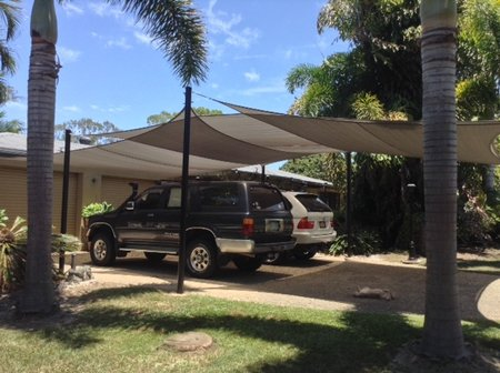 A big thanks to Vivienne for sending in these photo's. A great DIY installation of the shade sails with overlapping of different sizes. 4x6m & 6x6m in Grey. Looking forward to the next photo's of the installation over your entertaining and pool area.\\n\\n1/06/2015 10:55 AM