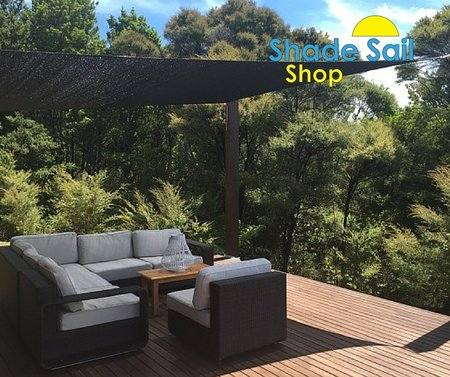 Our NZ customer Kate has installed a 4x5m black shade sail over her deck. Looks great. Fast shipping to NZ within 3 working days.\\n\\n16/02/2016 1:41 PM